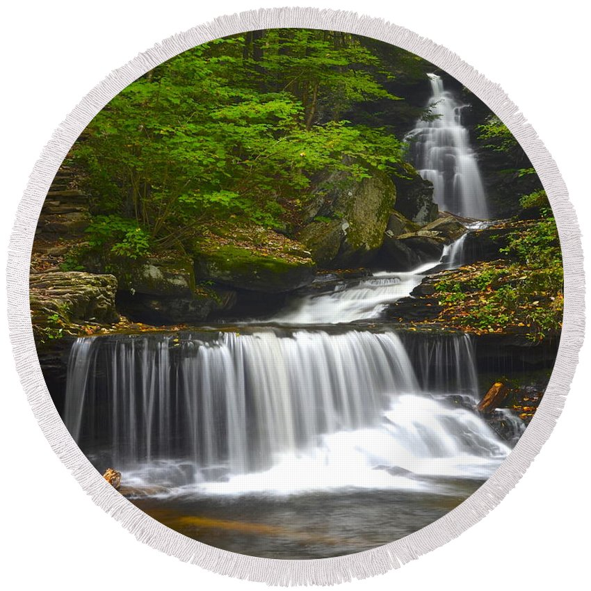 Ricketts Round Beach Towel featuring the photograph Ozone Falls by Frozen in Time Fine Art Photography