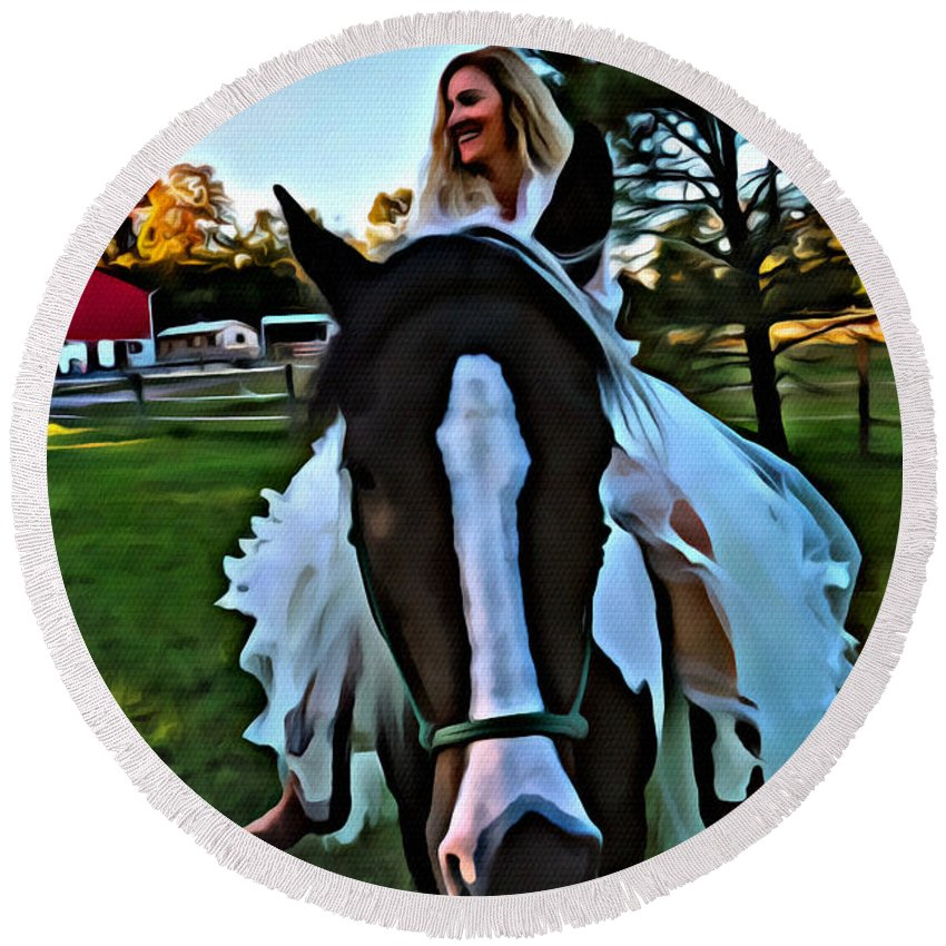 Horse Round Beach Towel featuring the photograph Paint Me by Alice Gipson