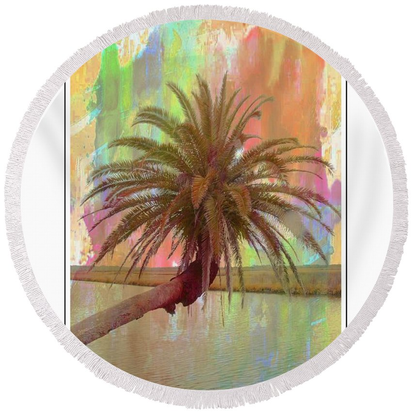 Palm Tree Round Beach Towel featuring the photograph Palm On The Loop by Alice Gipson