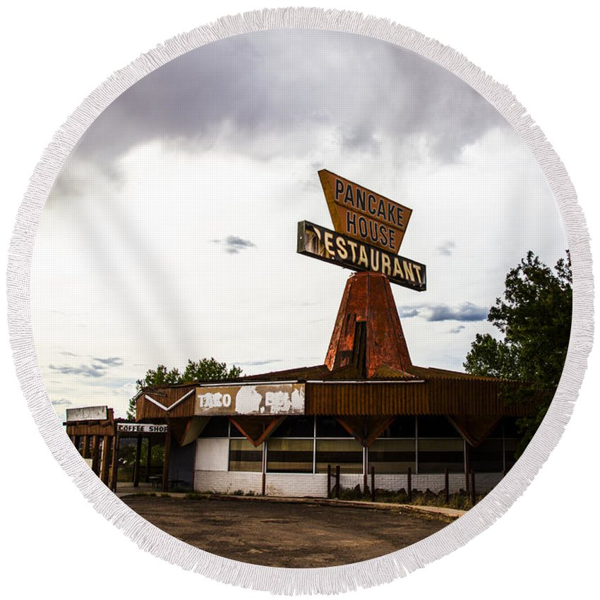 Route 66 Round Beach Towel featuring the photograph Pancake House by Angus Hooper Iii
