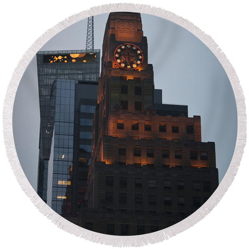 Times Square Round Beach Towel featuring the photograph Paramount Building Times Square by Teresa Mucha