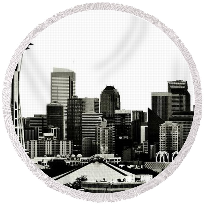 Seattle Round Beach Towel featuring the photograph Patriotic Seattle by Benjamin Yeager