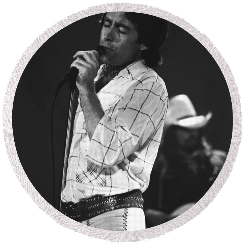 Paul Rodgers Round Beach Towel featuring the photograph Paul And Boz 1977 by Ben Upham