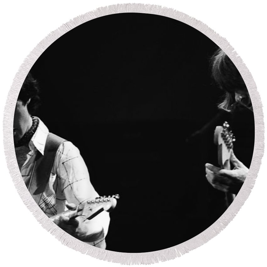 Paul Rodgers Round Beach Towel featuring the photograph Paul And Mick Are Bad Company by Ben Upham