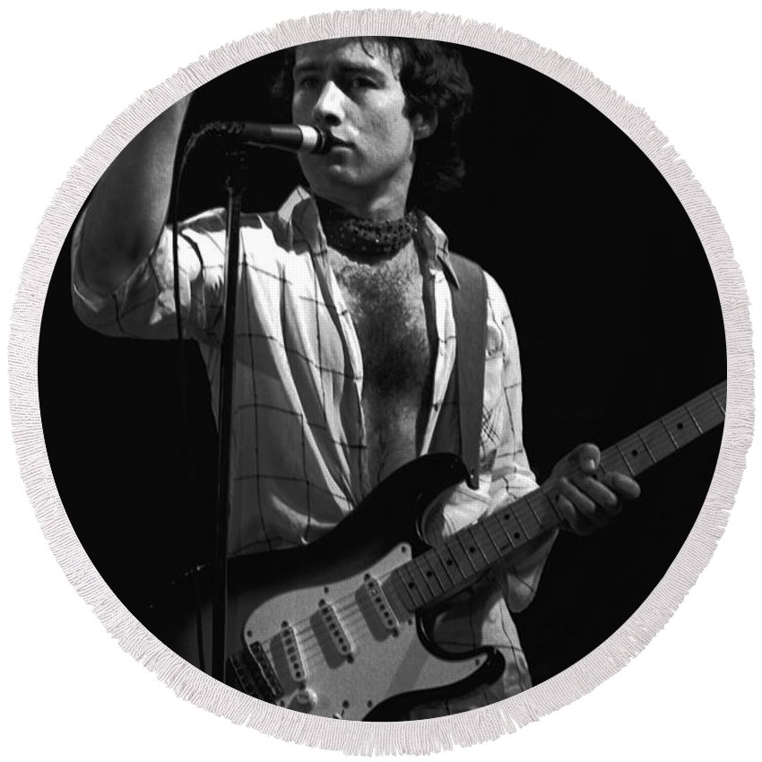 Paul Rodgers Round Beach Towel featuring the photograph One More Thing by Ben Upham
