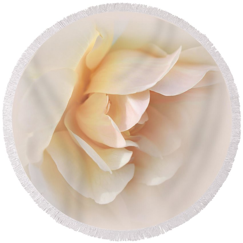 Rose Round Beach Towel featuring the photograph Peach Rose Tranquillity by Jennie Marie Schell
