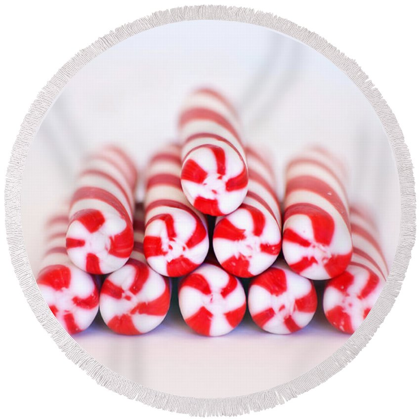 Christmas Card Art Round Beach Towel featuring the photograph Peppermint Twist - Candy Canes by Kim Hojnacki