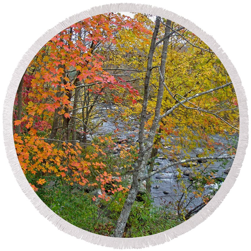 Creek Round Beach Towel featuring the photograph Perkiomen Creek - Perkiomenville Pa - Autumn Foliage by Mother Nature