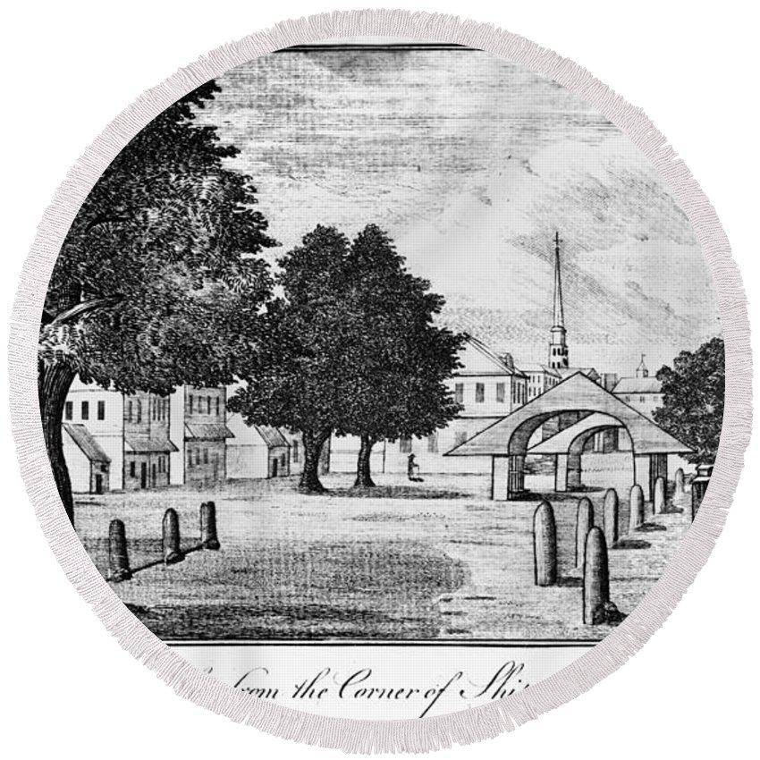 1788 Round Beach Towel featuring the photograph Philadelphia Market, 1788 by Granger
