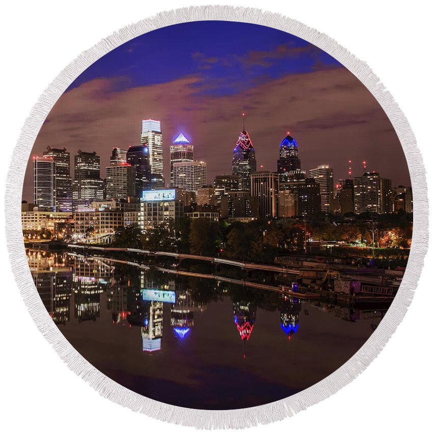 Philadelphia Round Beach Towel featuring the photograph Philadelphia - Reflections On The Schuylkill River by Bill Cannon