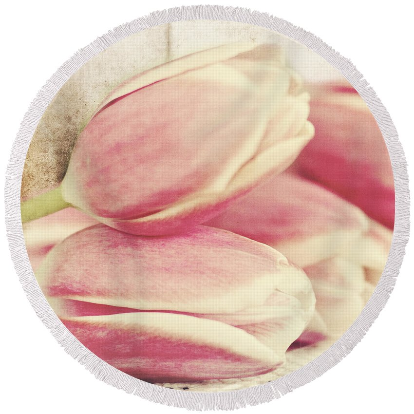 Tulips Round Beach Towel featuring the photograph Pink Tulips by Pam Holdsworth