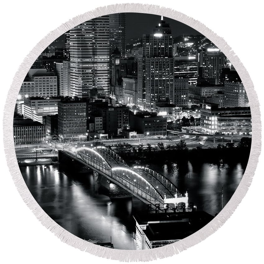 Pittsburgh Round Beach Towel featuring the photograph Pittsburgh Black And White by Frozen in Time Fine Art Photography
