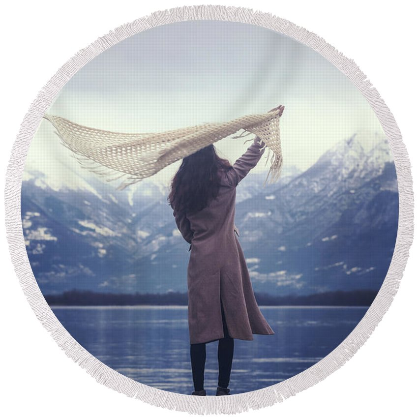Woman Round Beach Towel featuring the photograph Playing With Wind by Joana Kruse