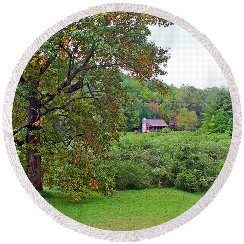 Duane Mccullough Round Beach Towel featuring the photograph Poplar Tree In The Valley by Duane McCullough