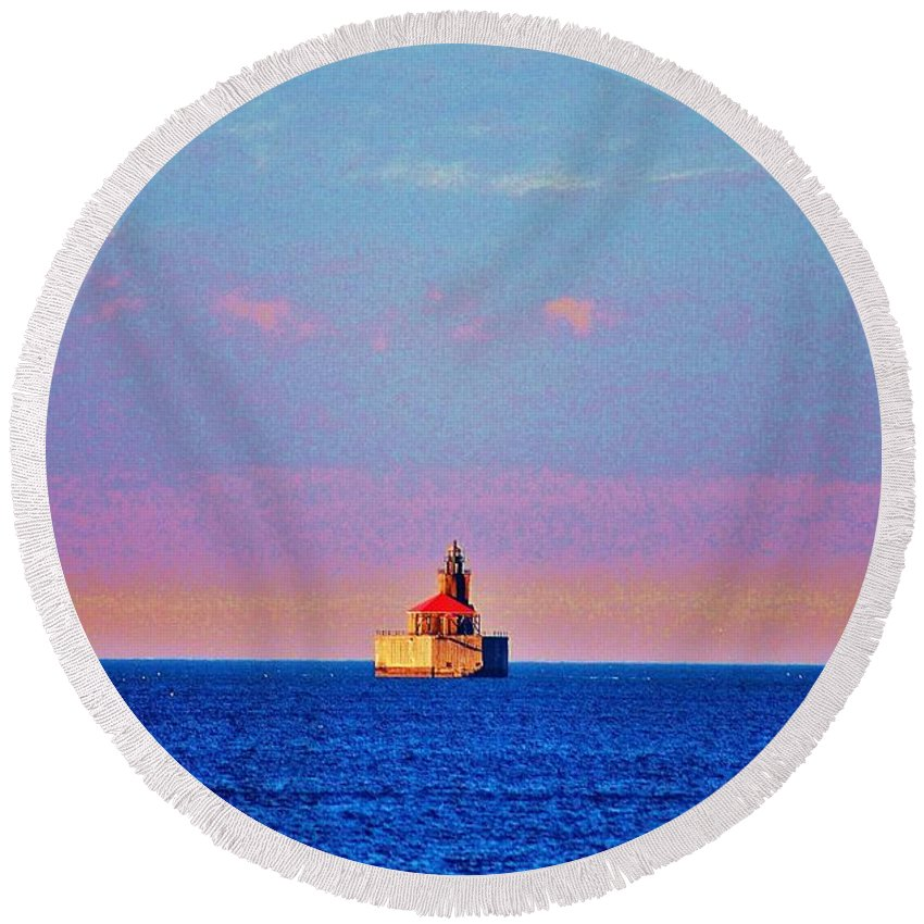 Lighthouse Round Beach Towel featuring the photograph Port Austin Reef Light by Daniel Thompson