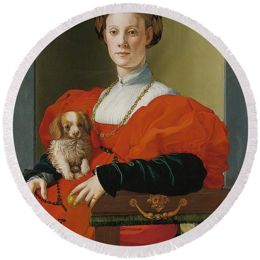 1537-1540 Round Beach Towel featuring the painting Portrait Of A Lady With A Lapdog by Jacopo Pontormo