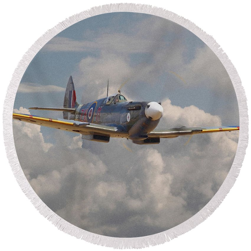 Aircraft Round Beach Towel featuring the digital art Portrait Of An Icon by Pat Speirs