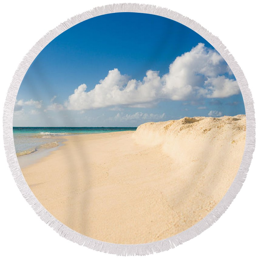 Antigua And Barbuda Round Beach Towel featuring the photograph Prickly Pear Beach by Ferry Zievinger