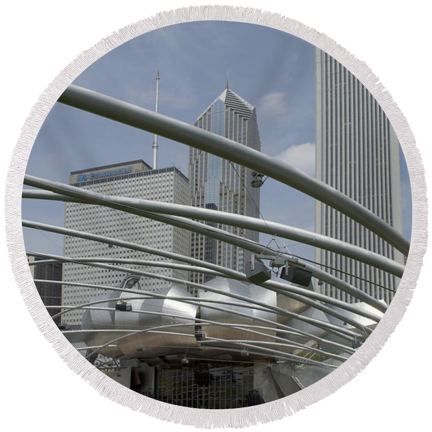 Chicago Round Beach Towel featuring the photograph Pritzker South Facade Vertical by Thomas Woolworth