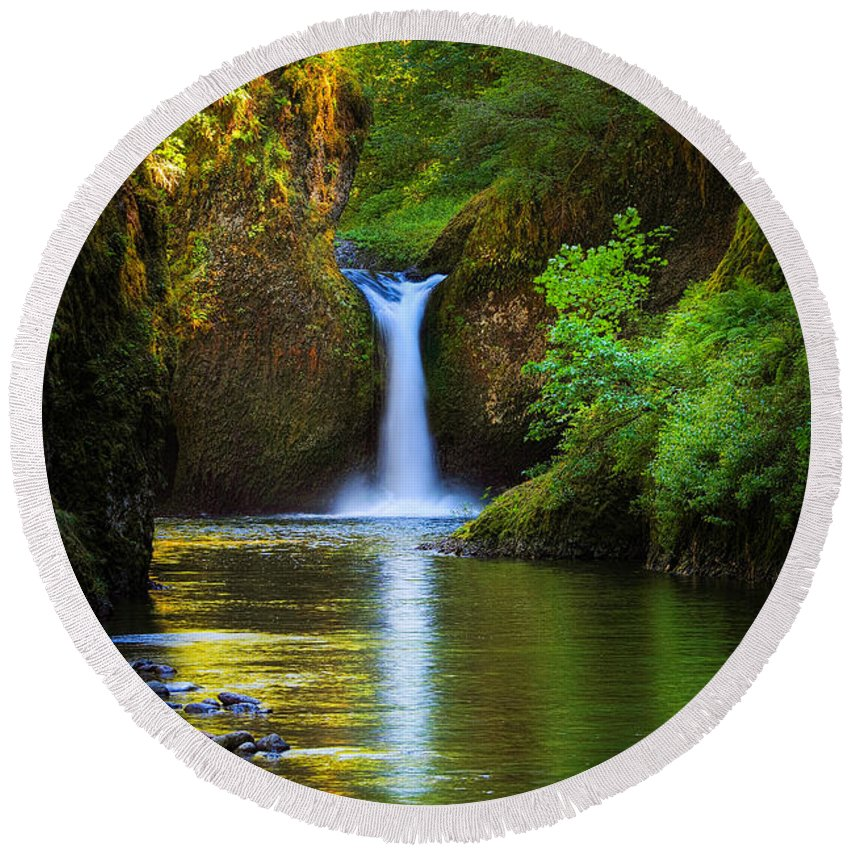 America Round Beach Towel featuring the photograph Punchbowl Falls by Inge Johnsson
