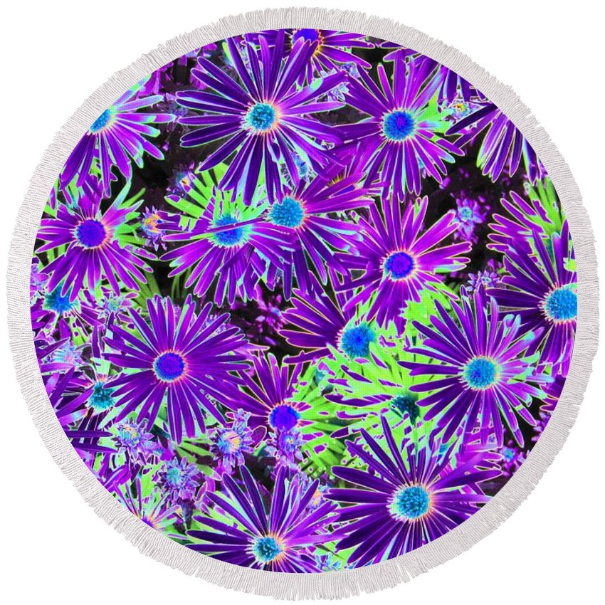 Flower Round Beach Towel featuring the photograph Purplish Posies 03 - Photopower 2935 by Pamela Critchlow
