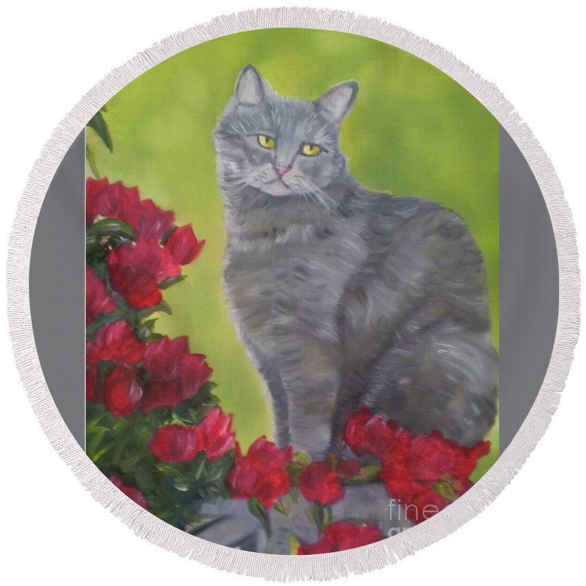 Gray Furry Cat Surrounded By Roses Round Beach Towel featuring the painting Purrfect Garden by Sherri Richards