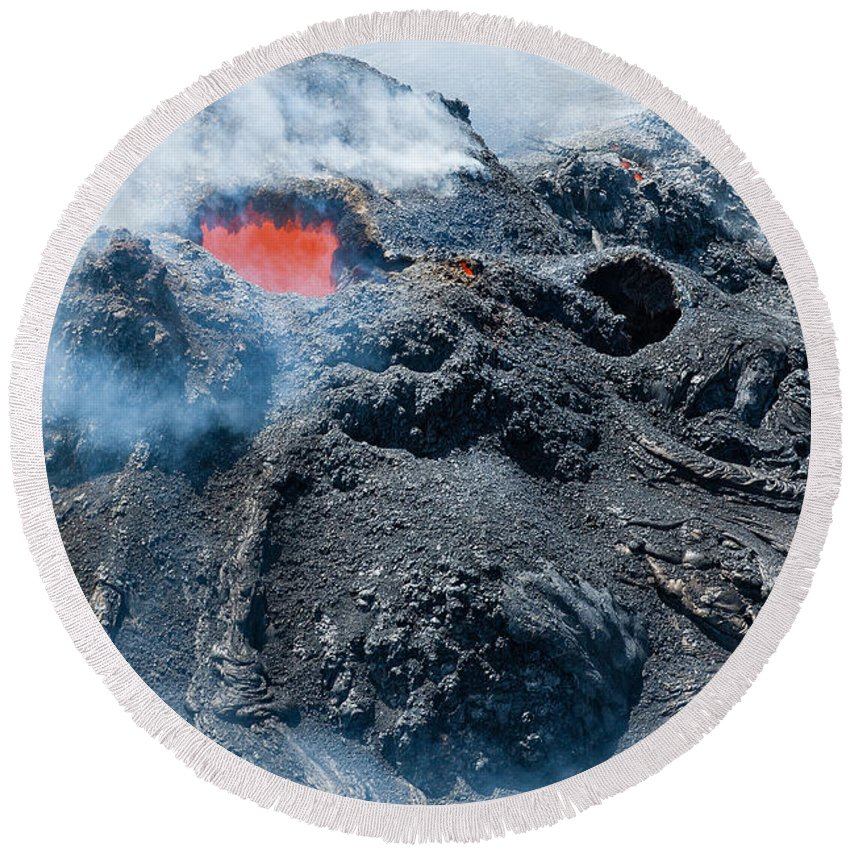 Hawaii Round Beach Towel featuring the photograph Pu'u 'o'o Crater by Jim Thompson