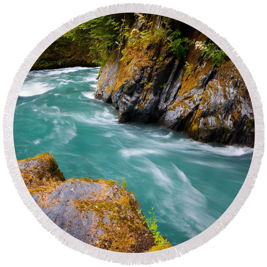 America Round Beach Towel featuring the photograph Quinault River Bend by Inge Johnsson