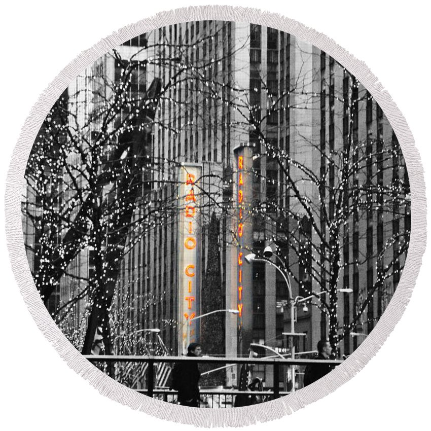 Radio City Round Beach Towel featuring the photograph Radio City At Christmas - Black And White by Kimberly Perry