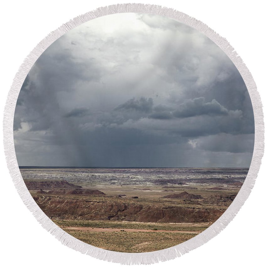 Horizontal Round Beach Towel featuring the photograph Approaching Storm The Painted Desert Arizona by Patrick McGill