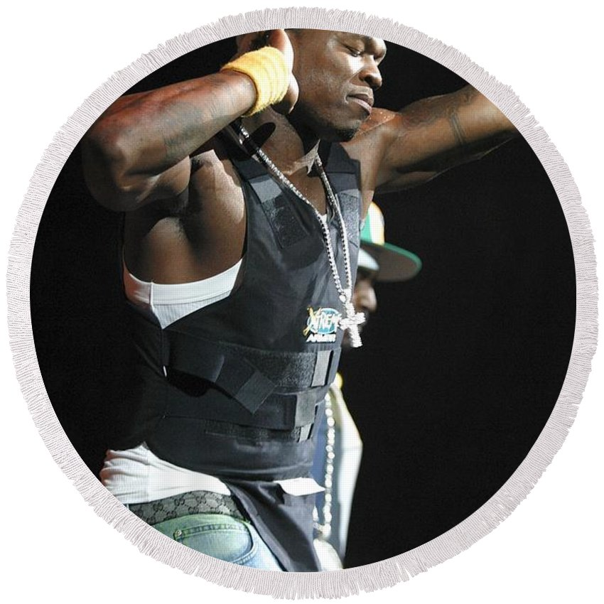 Rap Round Beach Towel featuring the photograph Rapper Fifty Cent by Concert Photos