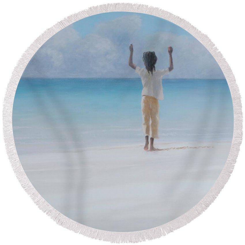 Lincoln Children Photographs Round Beach Towels