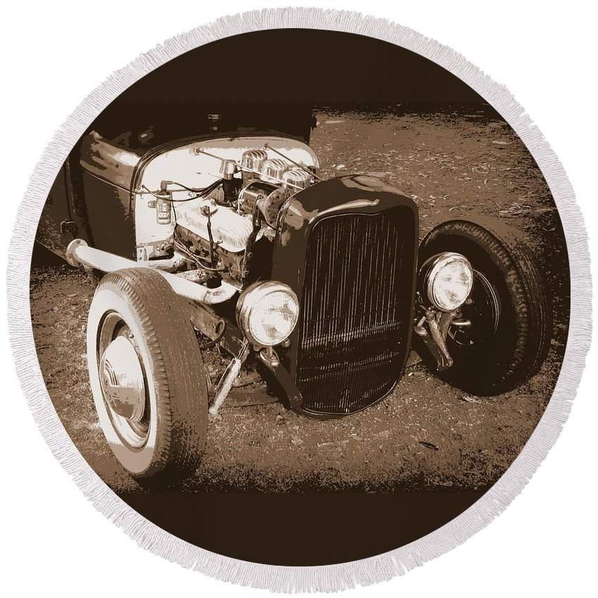 Hot Rod Round Beach Towel featuring the photograph Rat Rod by Guy Pettingell