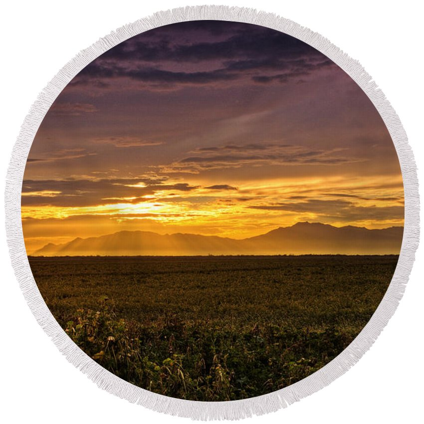 Sunset Round Beach Towel featuring the photograph Rays Of Hope by Saija Lehtonen