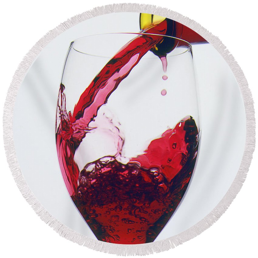 Red Round Beach Towel featuring the photograph Red Wine Being Poured by Garry Gay
