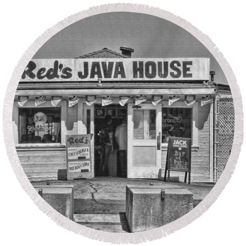 Red's Java House Round Beach Towel featuring the photograph Red's Java House San Francisco By Diana Sainz by Diana Raquel Sainz