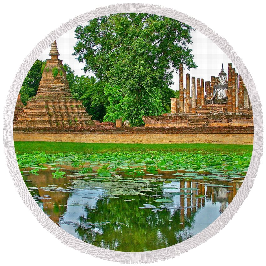 Reflecting Pool At Wat Mahathat In 13th Century Sukhothai Historical Park Round Beach Towel featuring the photograph Reflecting Pool At Wat Mahathat In 13th Century Sukhothai Historical Park-thailand by Ruth Hager