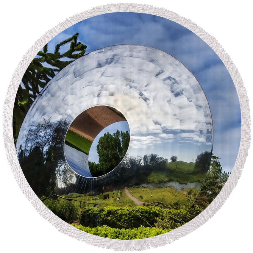 Sculpture Round Beach Towel featuring the photograph Reflecting The Countryside by Susie Peek
