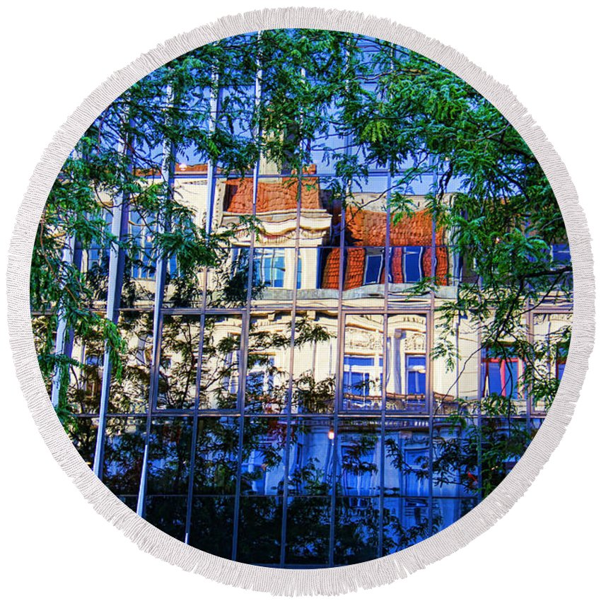 Reflections In The City Round Beach Towel featuring the photograph Reflections In The City by Mariola Bitner