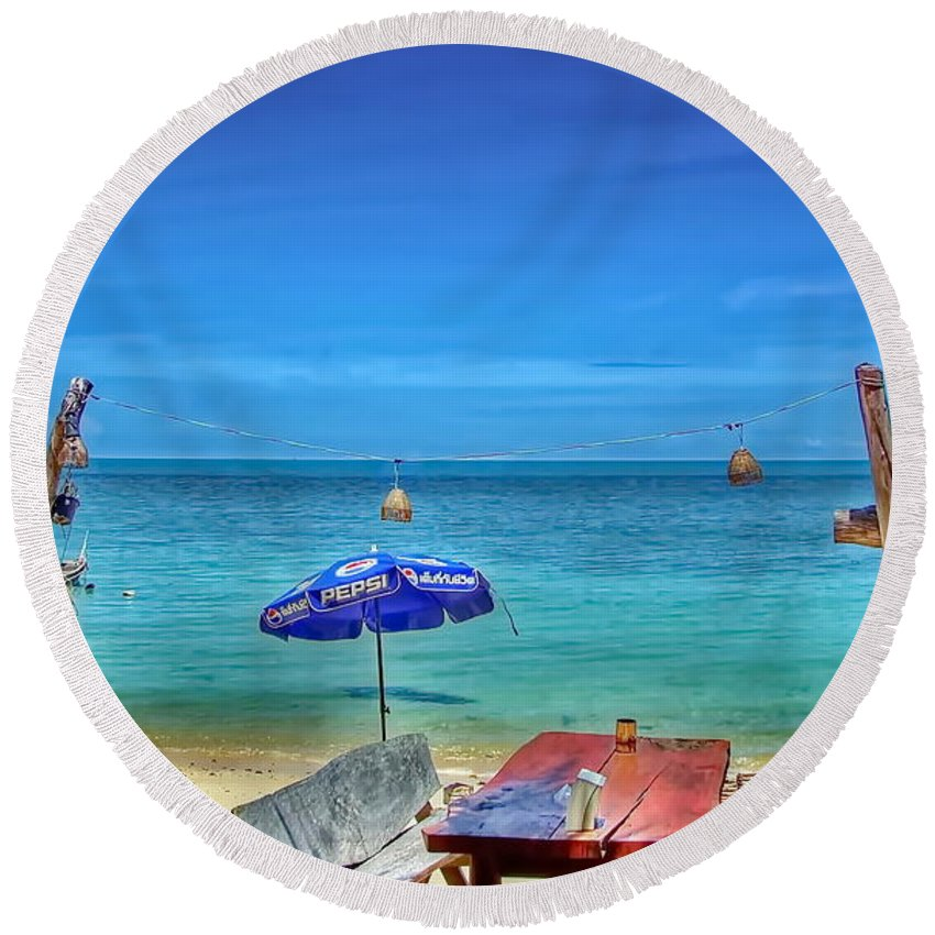 Michelle Meenawong Round Beach Towel featuring the photograph Relax On The Beach by Michelle Meenawong
