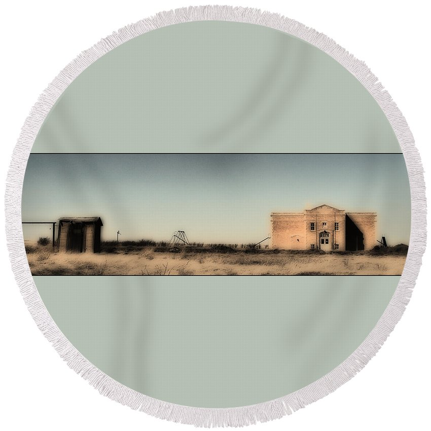 Montana Round Beach Towel featuring the photograph Remember When by Susan Kinney