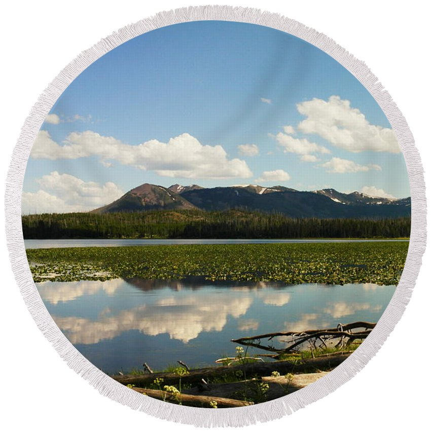 Water. Lakes Round Beach Towel featuring the photograph Riddle Lake by Jeff Swan