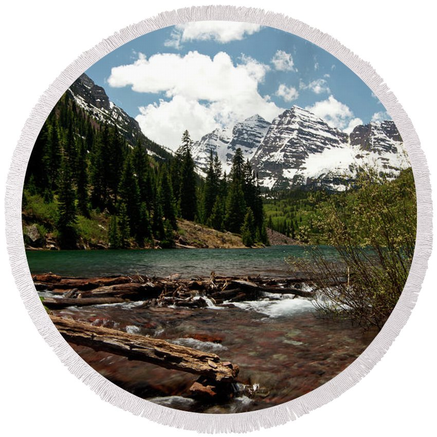 Colorado Round Beach Towel featuring the photograph Ringing Bells by Jeremy Rhoades