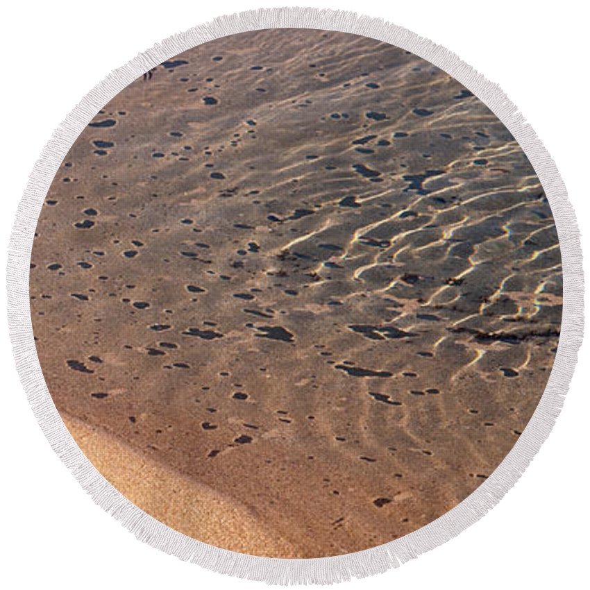Australia Round Beach Towel featuring the photograph Ripples 01 by Rick Piper Photography