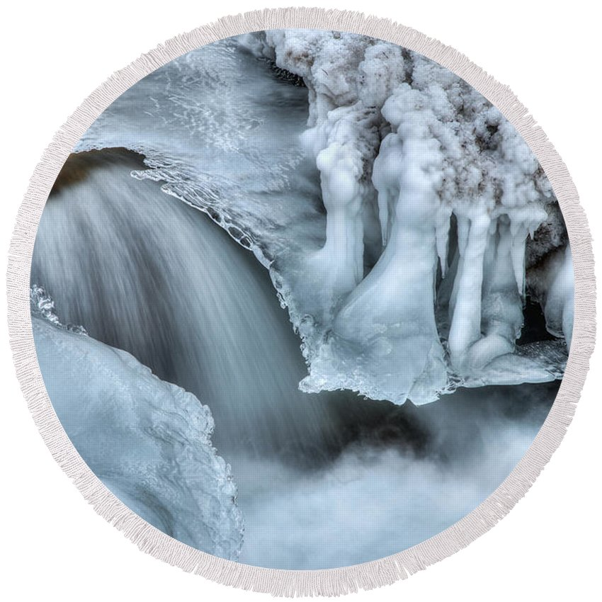 River Round Beach Towel featuring the photograph River Ice by Chad Dutson