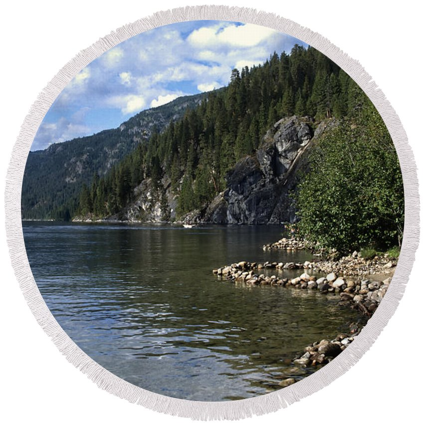 Americas Round Beach Towel featuring the photograph Rock Pools On Christina Lake by Roderick Bley