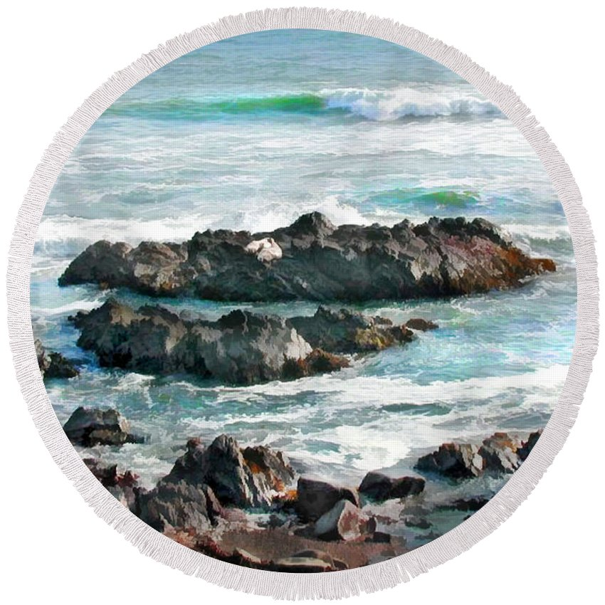 Ocean Round Beach Towel featuring the painting Rocky Ocean Shoreline One by Elaine Plesser