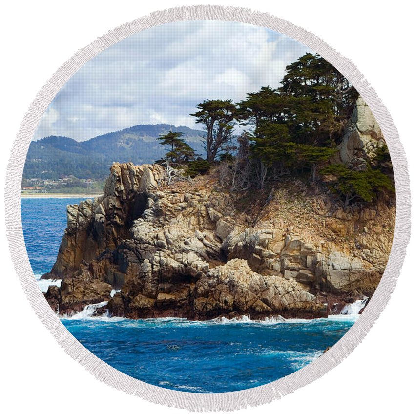 Point Lobos Round Beach Towel featuring the photograph Rocky Outcropping At Point Lobos by Charlene Mitchell