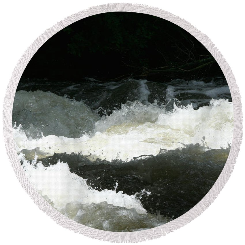 Outdoors Round Beach Towel featuring the photograph Rolling White Water by Susan Herber