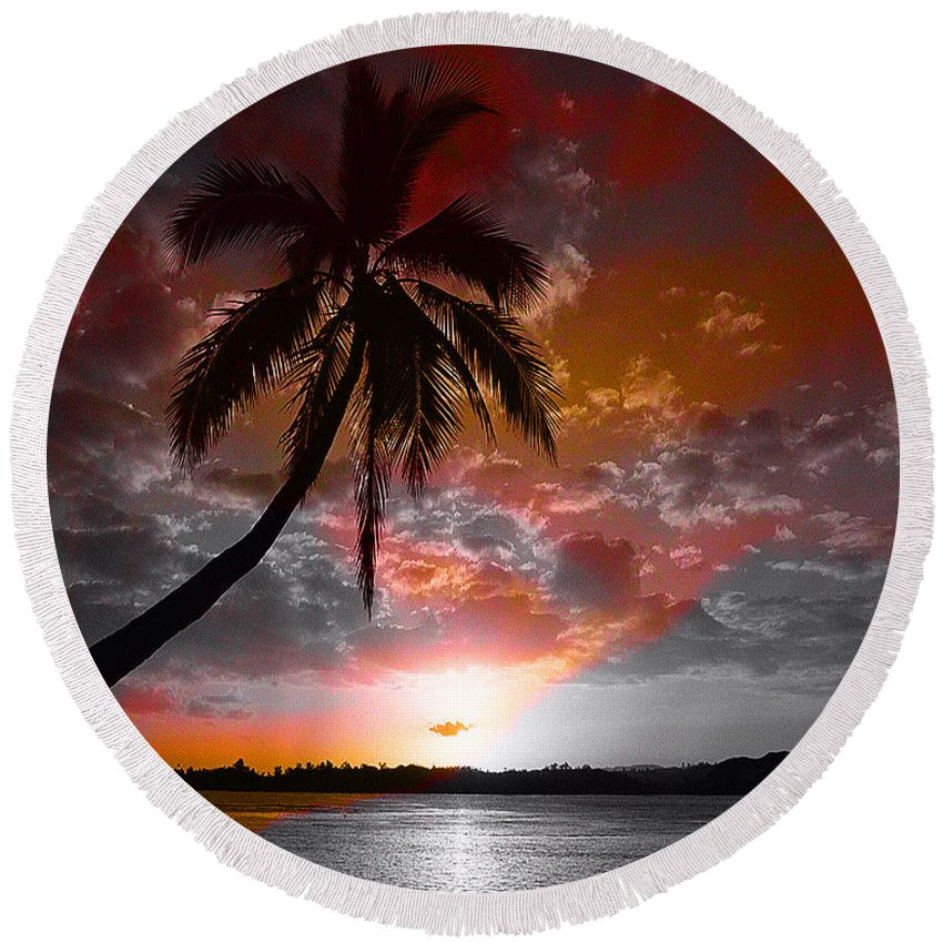Palm Tree Image Round Beach Towel featuring the digital art Romance II by Yael VanGruber
